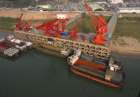 福加德公司各項經營指標同步增長 三榕港:港口物流如虎添翼
